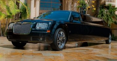 8 Person Chrysler 300 Limo Service Oklahoma City